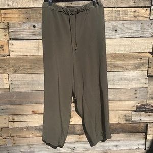 Loft Plus Relaxed Fit Cropped Rayon Pants Size 26